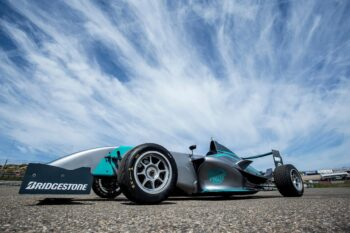 Quest4 raceauto beschikbaar gesteld door Bleekenmolen